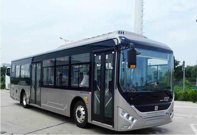 中通12米镁合金电动公交LCK6120EVQG下线 整车降重26%