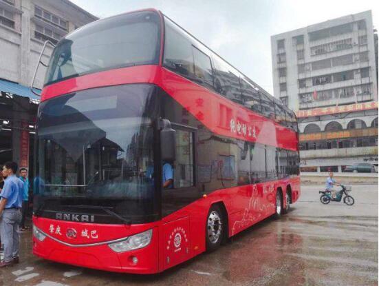 安凯G9纯电动公交和纯电动双层巴士亮相肇庆