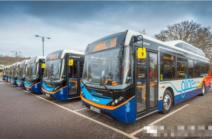 比亚迪电动客车Enviro200EV交付英国 车型全长10.8米