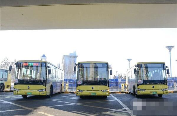 188辆亚星纯电动客车投运哈尔滨  车长10.5米