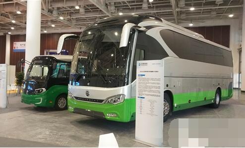 厦门金旅星辰电动微循环城市客车亮相2019厦门国际贸易洽谈会
