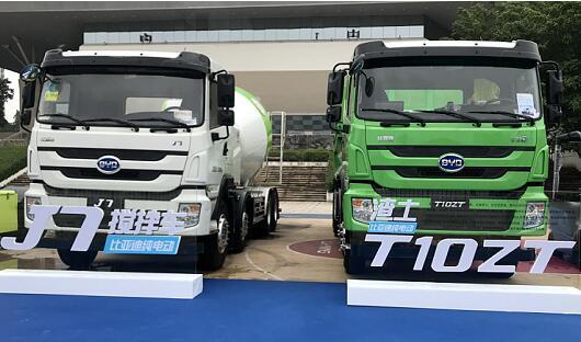 比亚迪携旗下各领域纯电动商用车产品亮相深圳市体育馆