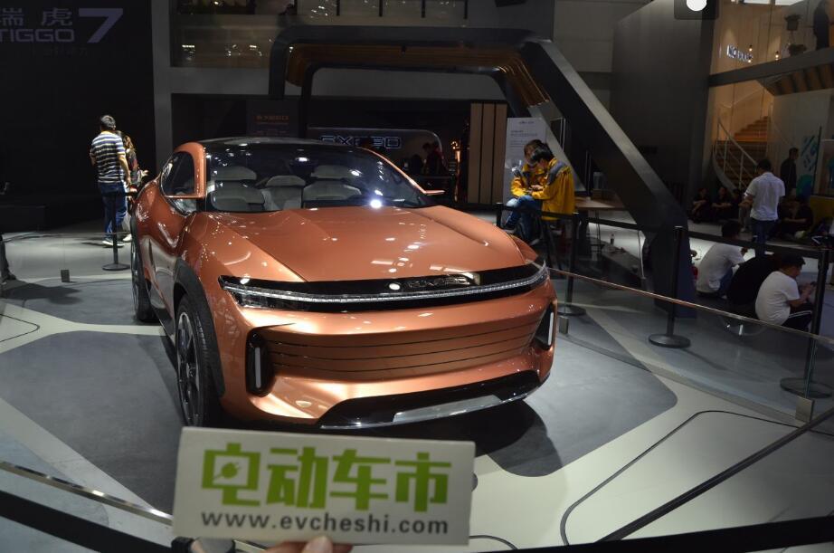 电动车市2018北京国际车展特别报道:瑞虎3Xe400艾瑞泽5e400