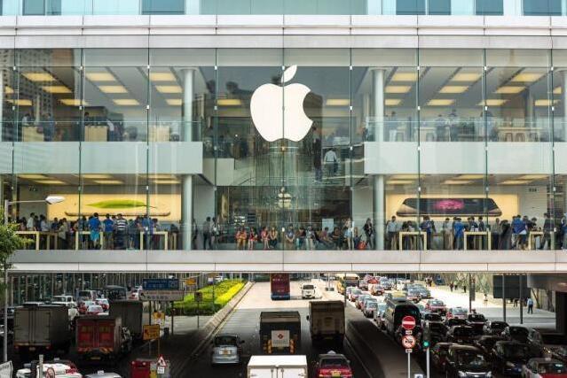 苹果准备把汽车前档玻璃当手机屏幕  带导航|车速和通话界面等