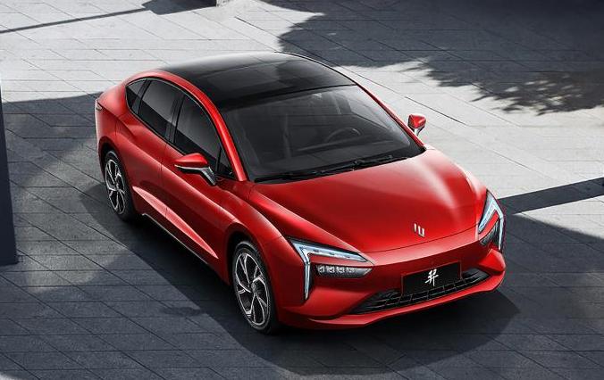 雷诺江铃电动汽车羿3款车预售价14-17万元  最大续航500公里