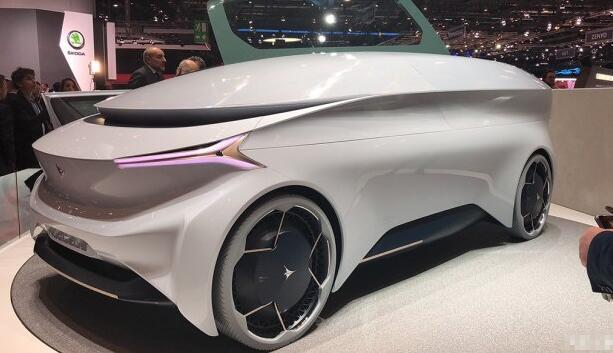 意大利Icona公司在日内瓦车展发布全新自动驾驶概念车Nucleus