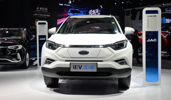 江淮iEVS4亮相2018广州国际车展  定位小型SUV|续航500公里