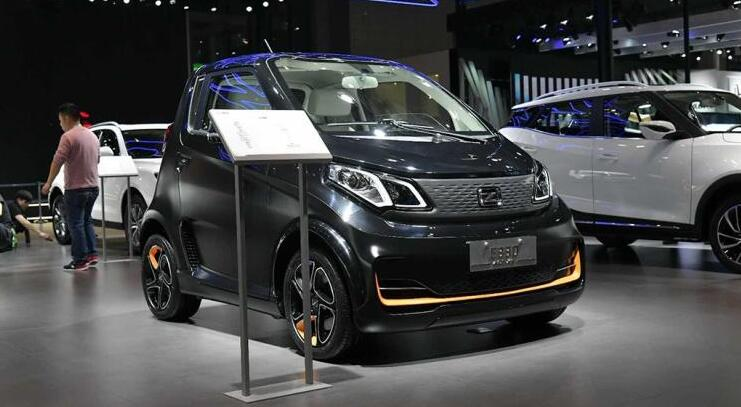 微型电动汽车-众泰E330亮相2019上海车展 续航312公里