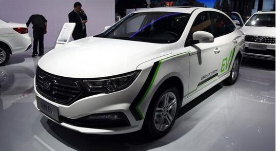 两款一汽纯电动轿车上榜2019年第4批《新能源汽车推广应用推荐车型目录》