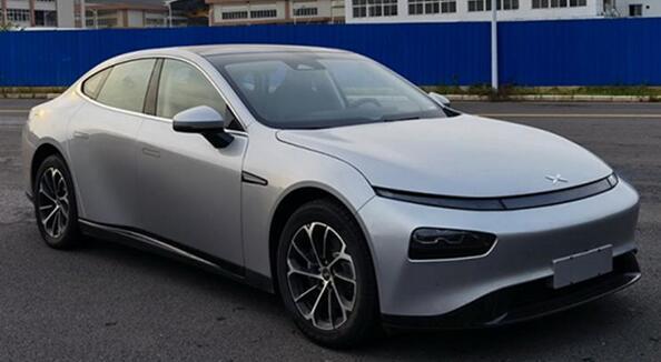 小鹏电动汽车P7 磷酸铁锂版申报图曝光 电池商-宁德时代被更换