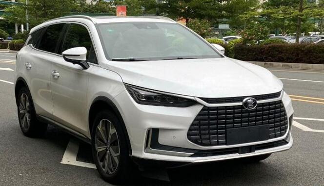 比亚迪新电动汽车唐EV亮相第7批推荐车型目录 最大续航700km