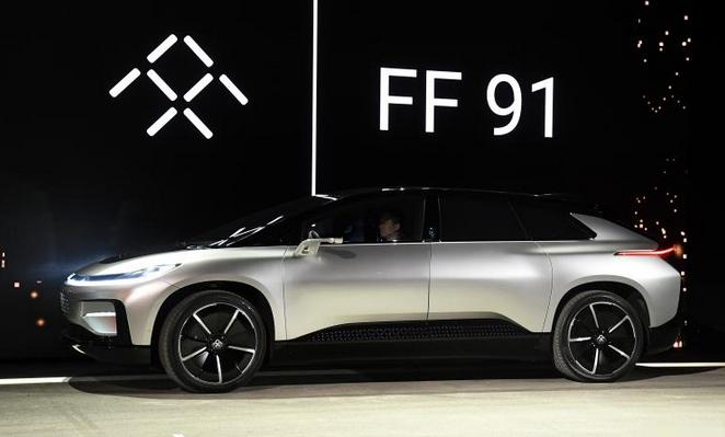 贾跃亭现身中秋鸡尾酒会 电动汽车FF91量产在即 限量300台