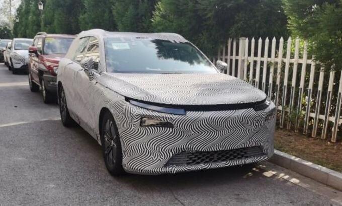 疑似小鹏电动汽车中大型SUV谍照曝光 预计售价或在28-38万元