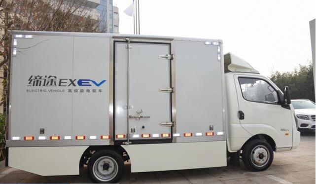 电动物流车-缔途EX亮相年会现场 续航超200KM|最大载货11方