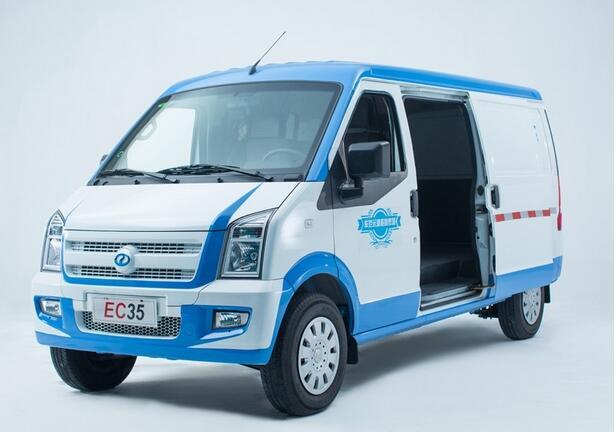 瑞驰新能源EC35电动物流车售价7.88万