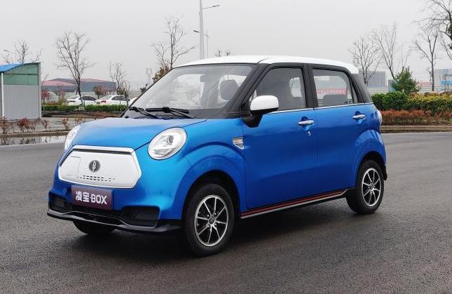 微型电动车凌宝BOX上市 4.58万元   续航150km