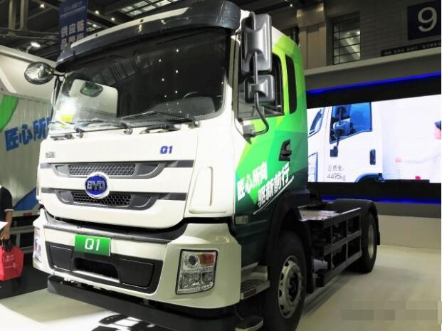 比亚迪纯电动卡车T5A等三款电动商用车亮相2018深圳物博会