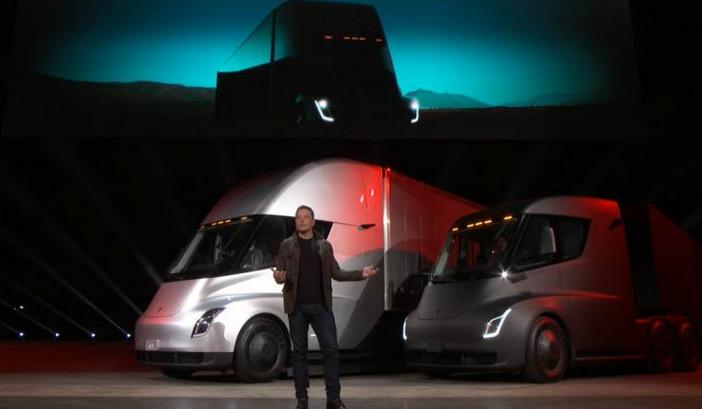 马斯克:今年夏末发布电动皮卡 2020年底前生产特斯拉电动卡车