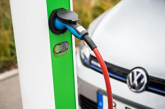 北京市拟在城市建成区停车场全部配建电动汽车充电基础设施