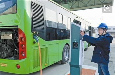 福州投放340辆新能源公交车上路