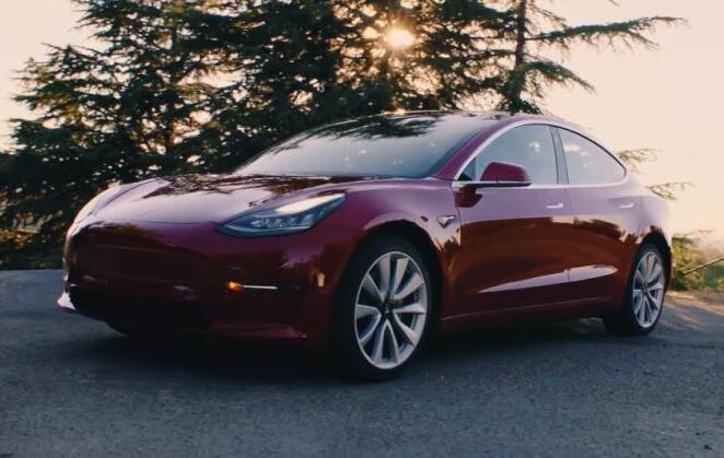 特斯拉2月底暂停了Model 3电动汽车生产  暂停时间为期一周