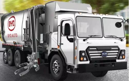 比亚迪纯电动环卫卡车和18米铰链式纯电动大巴亮相美国清洁交通展