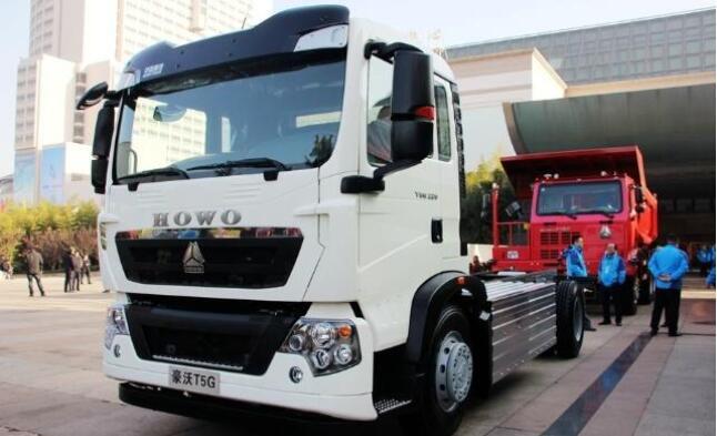 重汽豪沃T5G纯电动环卫车发布 续航330公里