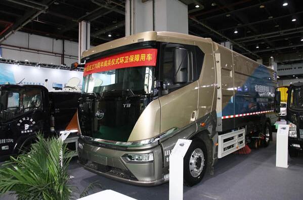 比亚迪电动环卫车T8F亮相2019上海国际环卫展 续航400公里