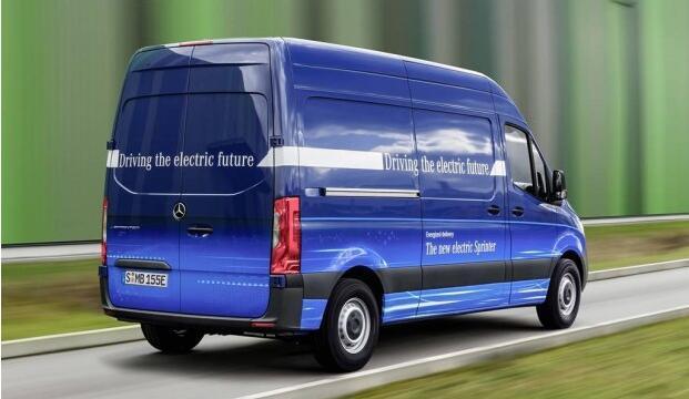 奔驰发布了纯电动版车型eSprinter