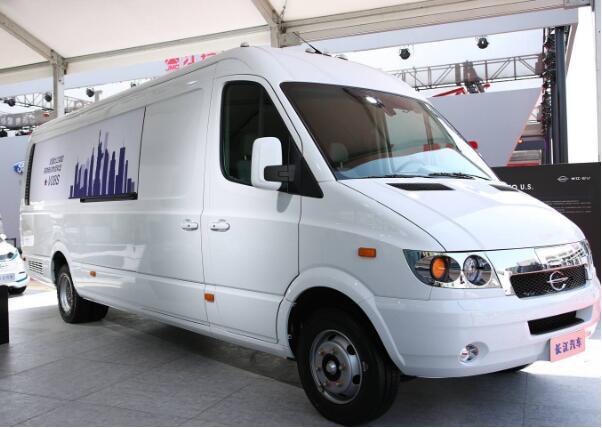 长江V08S电动物流车再获美国Ryder公司500辆订单